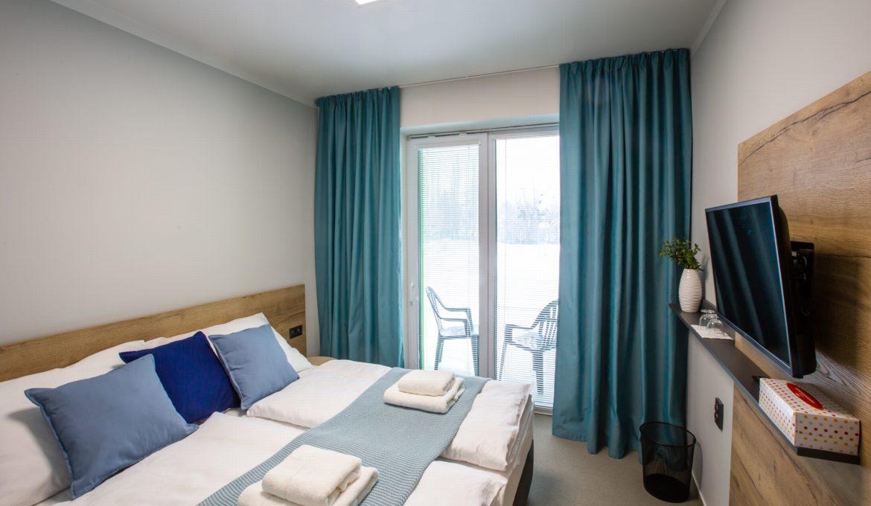Pokój jednoosobowy lub dwuosobowy typu Standard z balkonem